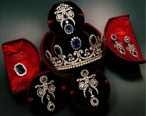 sapphire pearl parure