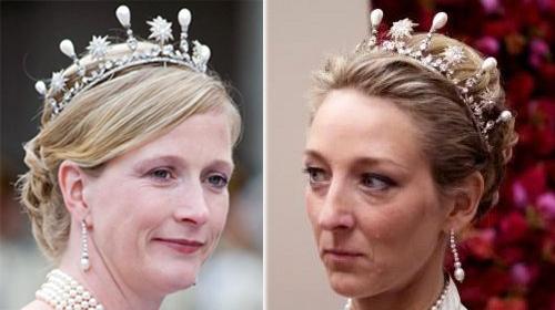 Принцессы Натали и Александра (дочери принцессы Денедикты) в датской тиаре